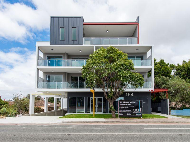 https://propertyphotos.vaultre.com.au/835/756975__reaimport-1568678672-347145-442191.jpg