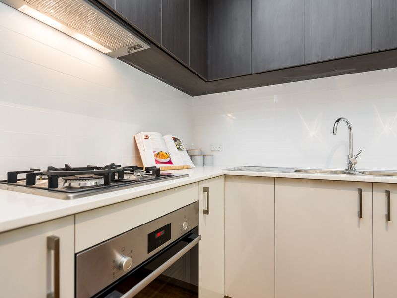 https://propertyphotos.vaultre.com.au/835/757008__reaimport-1568678686-347149-442195.jpg