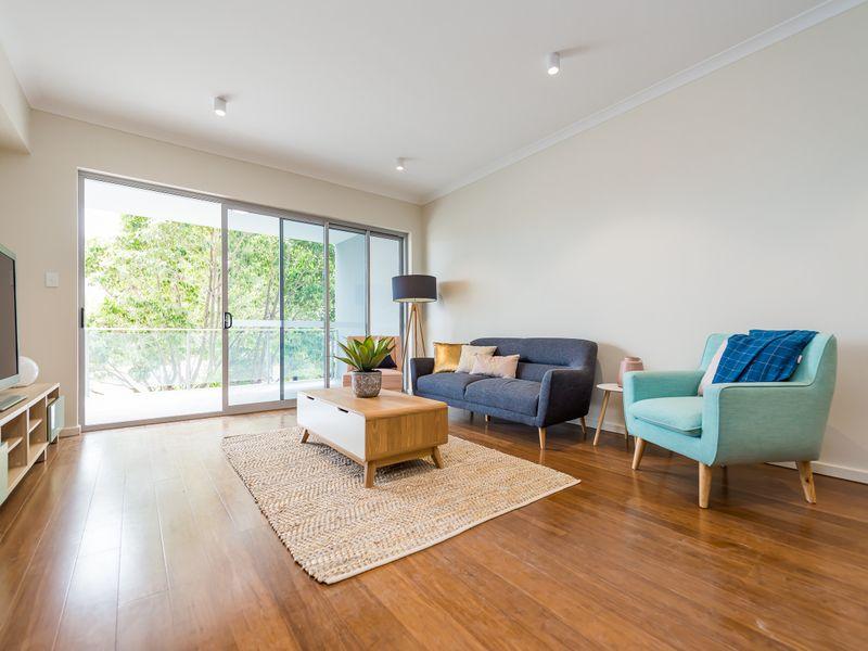 https://propertyphotos.vaultre.com.au/835/757025__reaimport-1568678692-347150-442196.jpg