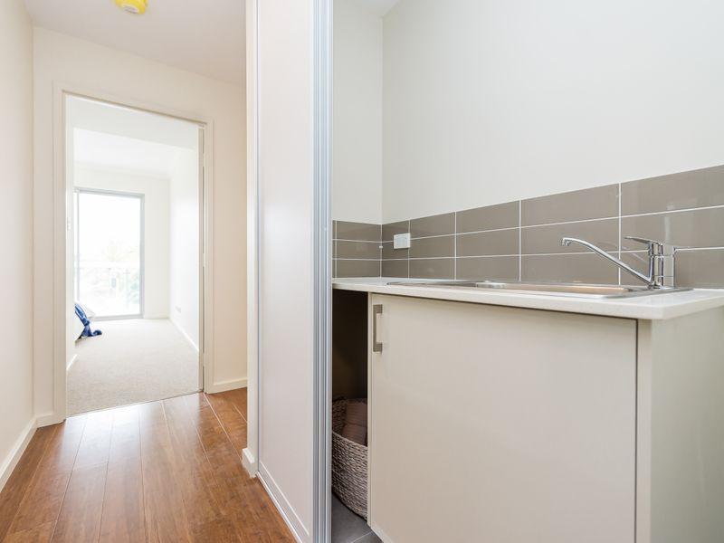 https://propertyphotos.vaultre.com.au/835/757036__reaimport-1568678696-347150-442196.jpg
