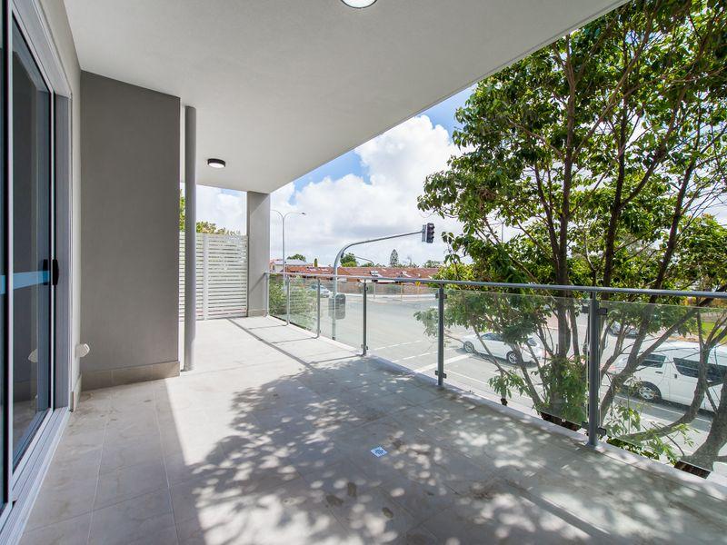 https://propertyphotos.vaultre.com.au/835/757037__reaimport-1568678696-347150-442196.jpg