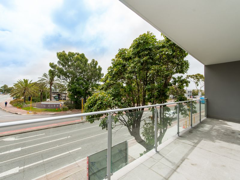 https://propertyphotos.vaultre.com.au/835/757038__reaimport-1568678697-347150-442196.jpg