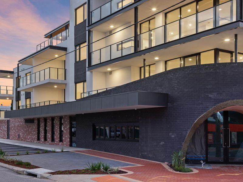 https://propertyphotos.vaultre.com.au/835/757255__reaimport-1568678759-347176-442222.jpg