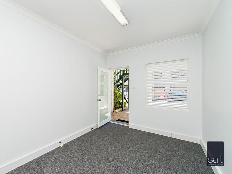 https://propertyphotos.vaultre.com.au/835/757287__reaimport-1568678771-347179-442225.jpg