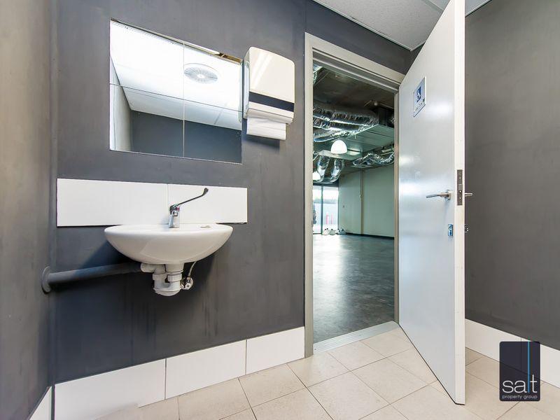 https://propertyphotos.vaultre.com.au/835/757352__reaimport-1568678799-347185-442231.jpg