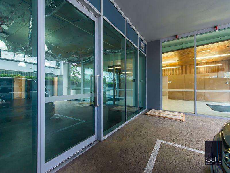 https://propertyphotos.vaultre.com.au/835/757354__reaimport-1568678800-347185-442231.jpg