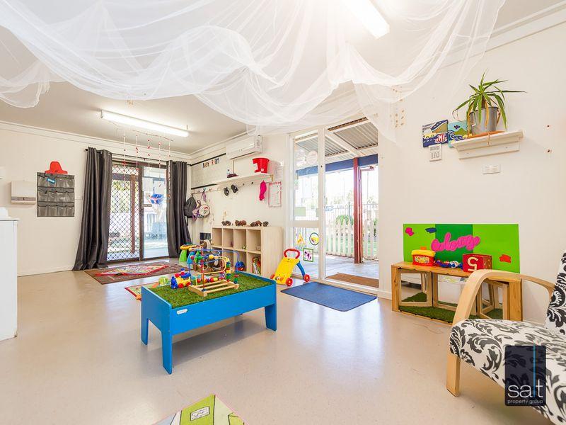 https://propertyphotos.vaultre.com.au/835/757430__reaimport-1568678829-347193-442239.jpg