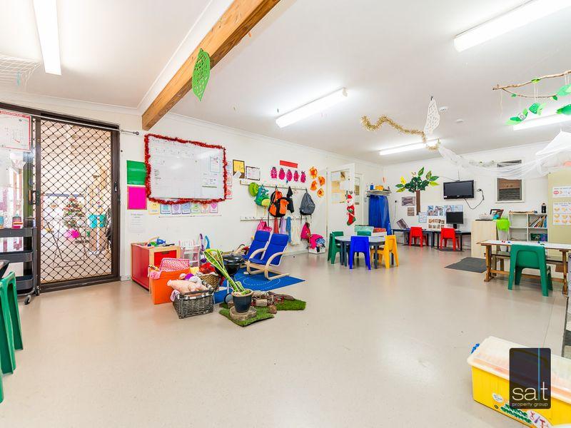 https://propertyphotos.vaultre.com.au/835/757435__reaimport-1568678830-347193-442239.jpg