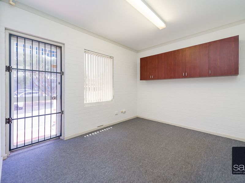 https://propertyphotos.vaultre.com.au/835/757452__reaimport-1568678837-347194-442240.jpg