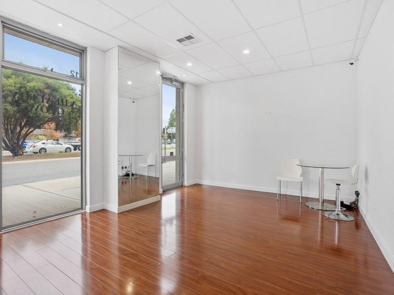 https://propertyphotos.vaultre.com.au/835/757472__reaimport-1568678845-347195-442241.jpg