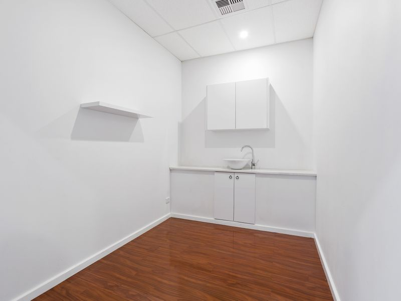 https://propertyphotos.vaultre.com.au/835/757474__reaimport-1568678845-347195-442241.jpg