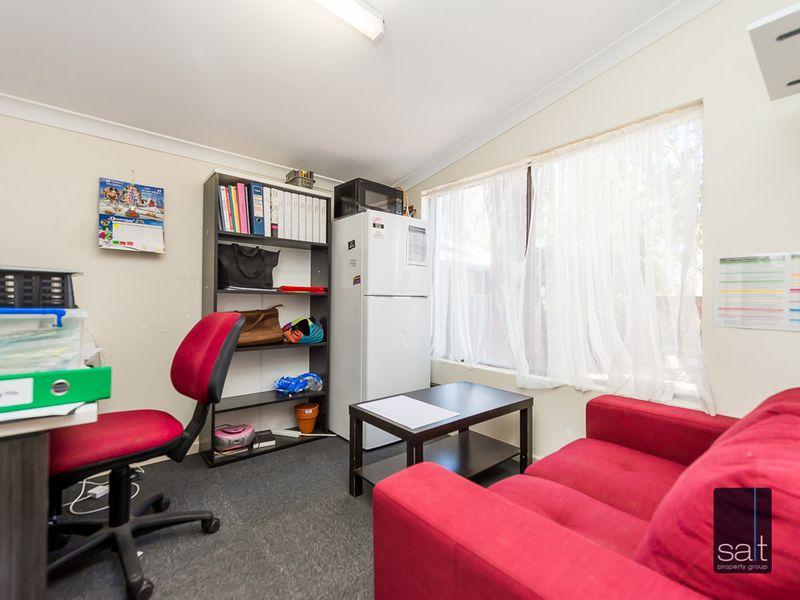 https://propertyphotos.vaultre.com.au/835/757547__reaimport-1568678876-347201-442247.jpg