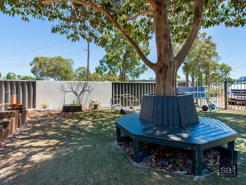 https://propertyphotos.vaultre.com.au/835/757552__reaimport-1568678878-347201-442247.jpg