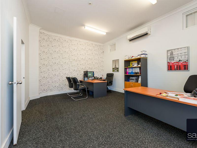 https://propertyphotos.vaultre.com.au/835/757591__reaimport-1568678893-347205-442251.jpg