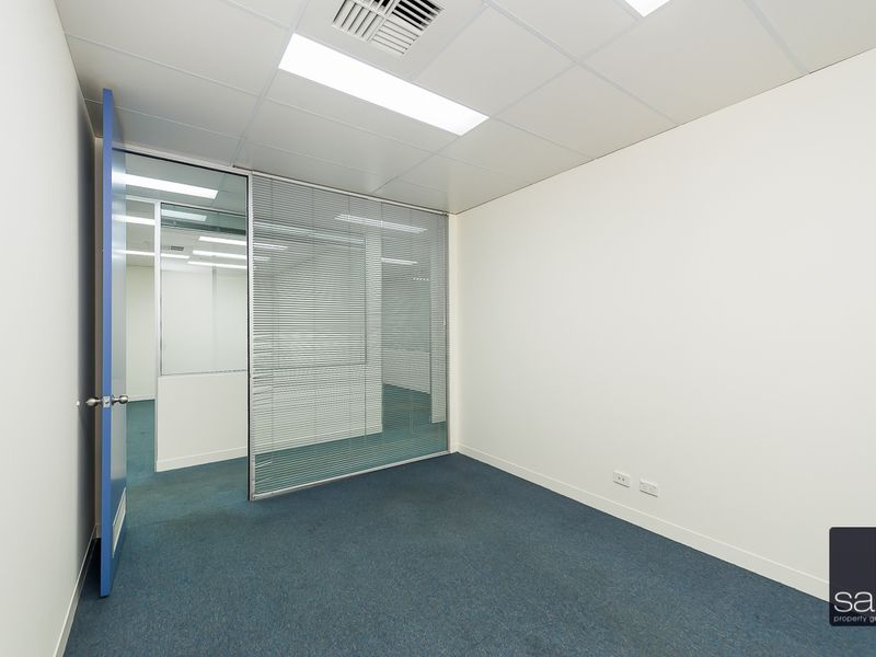 https://propertyphotos.vaultre.com.au/835/757645__reaimport-1568678914-347210-442256.jpg