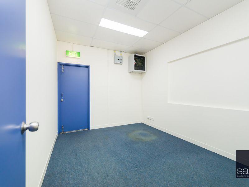 https://propertyphotos.vaultre.com.au/835/757649__reaimport-1568678916-347210-442256.jpg