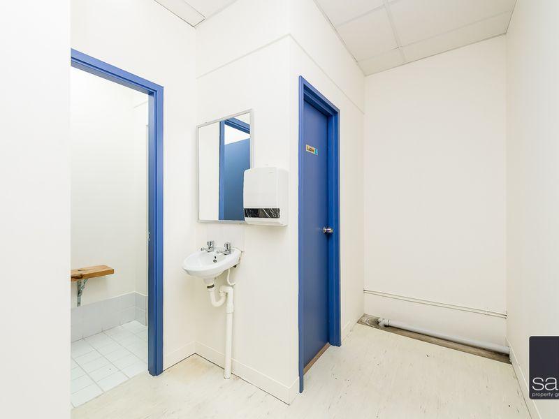 https://propertyphotos.vaultre.com.au/835/757654__reaimport-1568678918-347210-442256.jpg