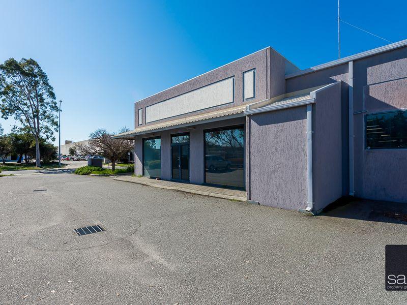 https://propertyphotos.vaultre.com.au/835/757656__reaimport-1568678918-347210-442256.jpg