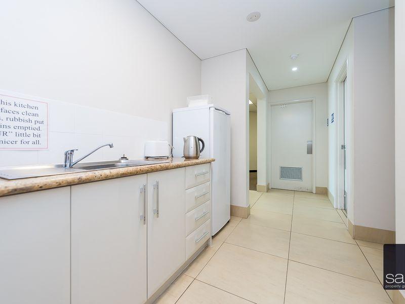 https://propertyphotos.vaultre.com.au/835/757686__reaimport-1568678928-347213-442259.jpg