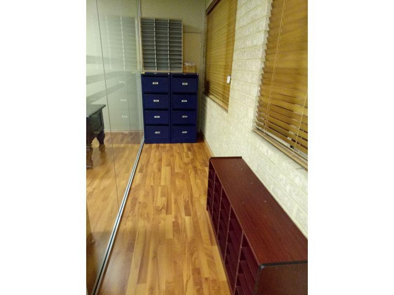 https://propertyphotos.vaultre.com.au/835/757744__reaimport-1568678948-347216-442262.jpg