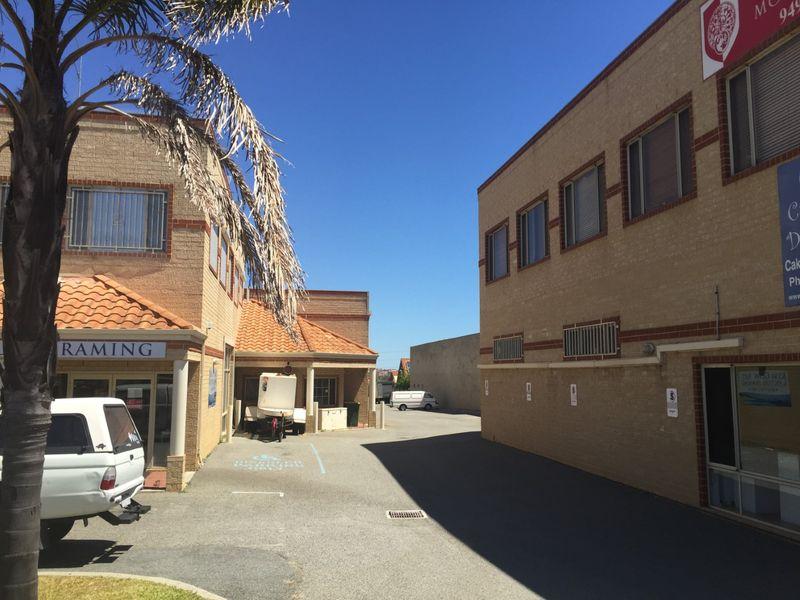 https://propertyphotos.vaultre.com.au/835/757747__reaimport-1568678949-347216-442262.jpg