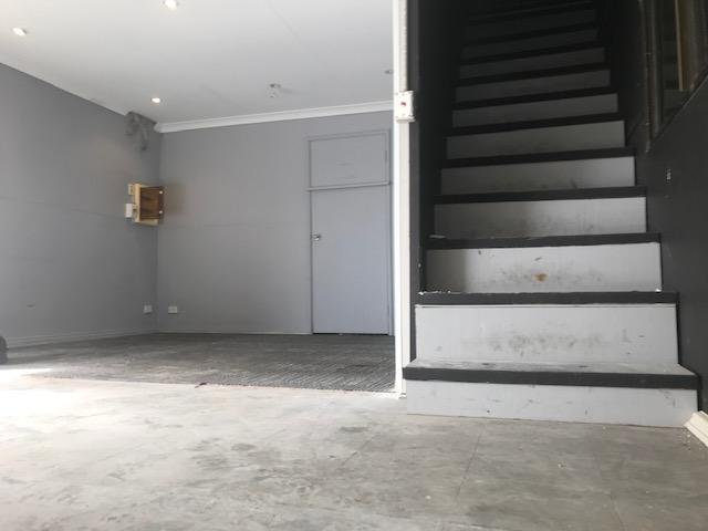 https://propertyphotos.vaultre.com.au/835/757754__reaimport-1568678952-347217-442263.jpg