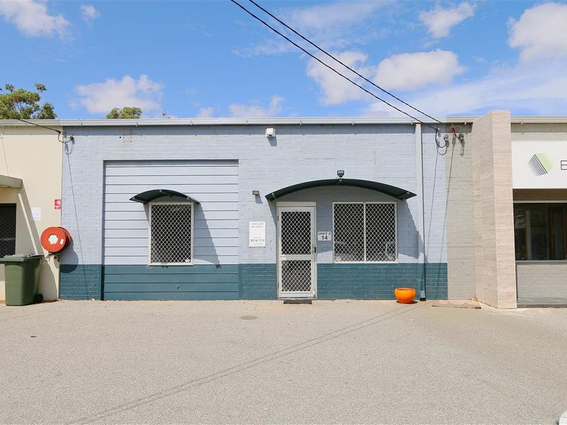 https://propertyphotos.vaultre.com.au/835/757790__reaimport-1568678964-347220-442266.jpg