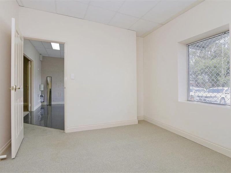 https://propertyphotos.vaultre.com.au/835/757792__reaimport-1568678965-347220-442266.jpg