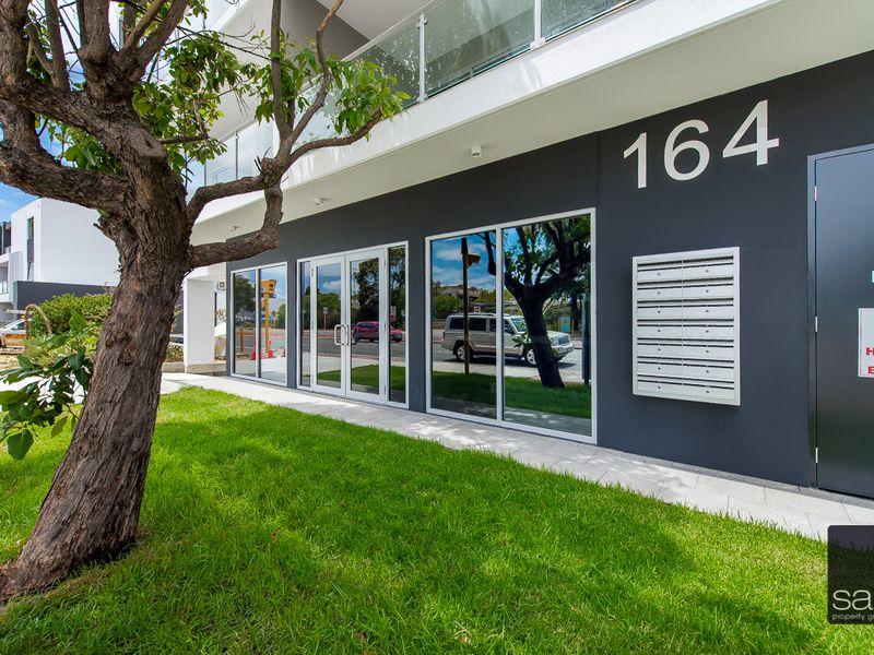 https://propertyphotos.vaultre.com.au/835/757850__reaimport-1568678985-347225-442271.jpg