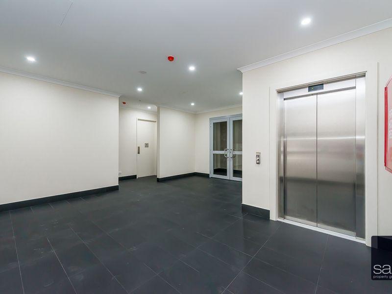 https://propertyphotos.vaultre.com.au/835/757855__reaimport-1568678987-347226-442272.jpg