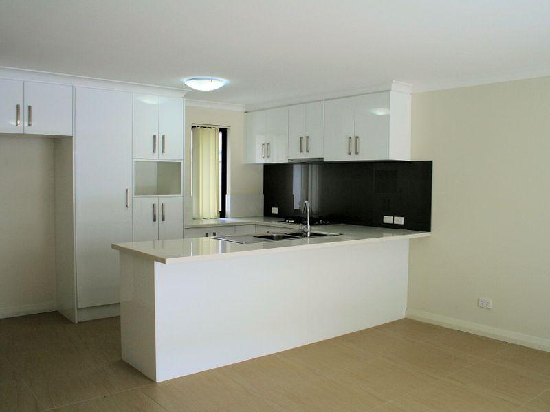 https://propertyphotos.vaultre.com.au/835/758570__reaimport-1568683686-347281-28956.jpg