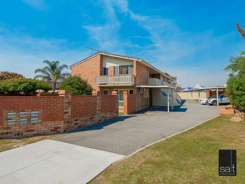 https://propertyphotos.vaultre.com.au/835/758615__reaimport-1568683700-347284-28959.jpg