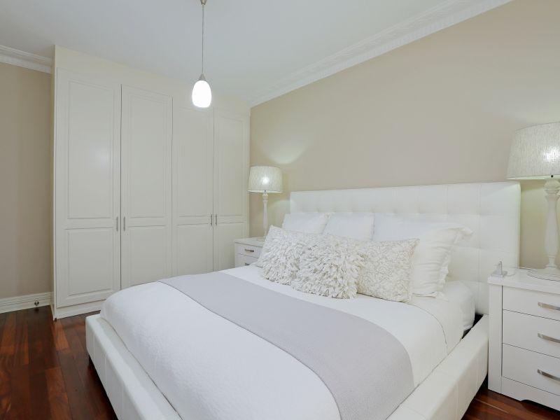 https://propertyphotos.vaultre.com.au/835/758995__reaimport-1568683834-347307-28980.jpg
