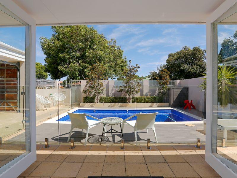 https://propertyphotos.vaultre.com.au/835/759014__reaimport-1568683840-347307-28980.jpg
