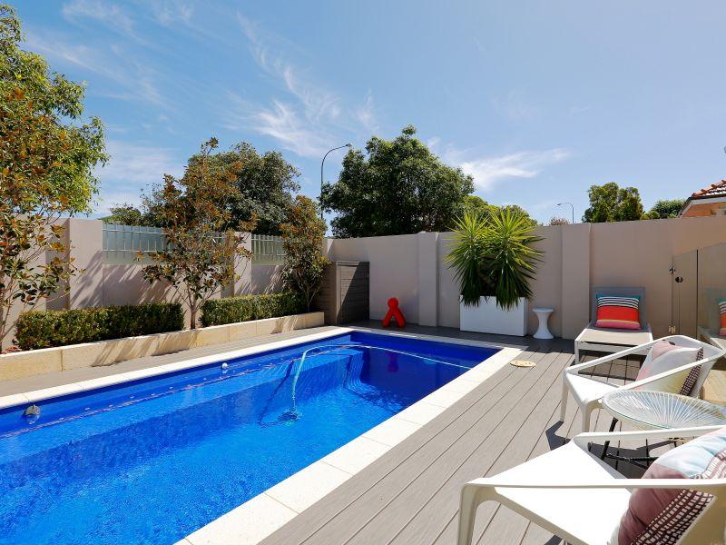 https://propertyphotos.vaultre.com.au/835/759015__reaimport-1568683841-347307-28980.jpg