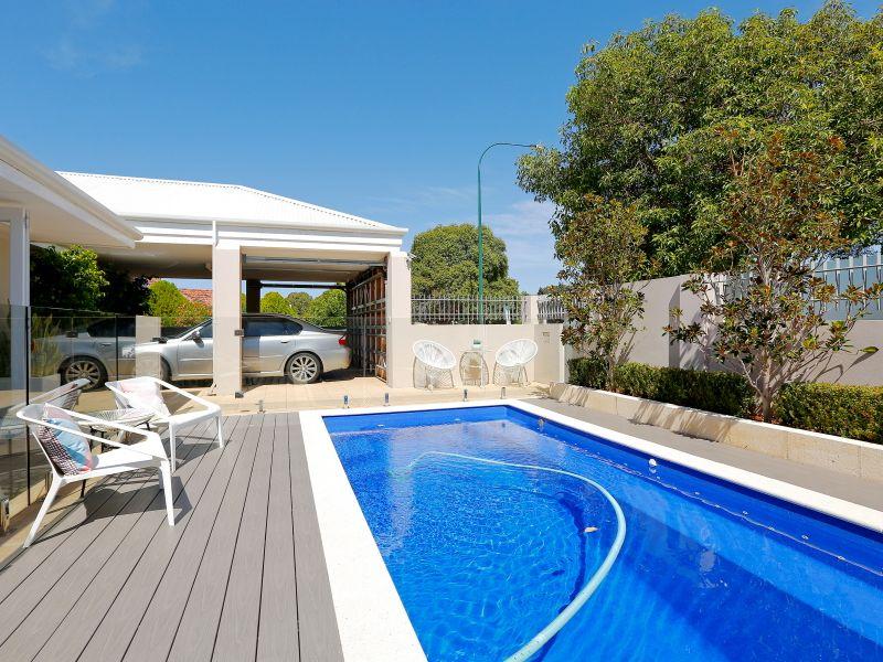 https://propertyphotos.vaultre.com.au/835/759016__reaimport-1568683841-347307-28980.jpg
