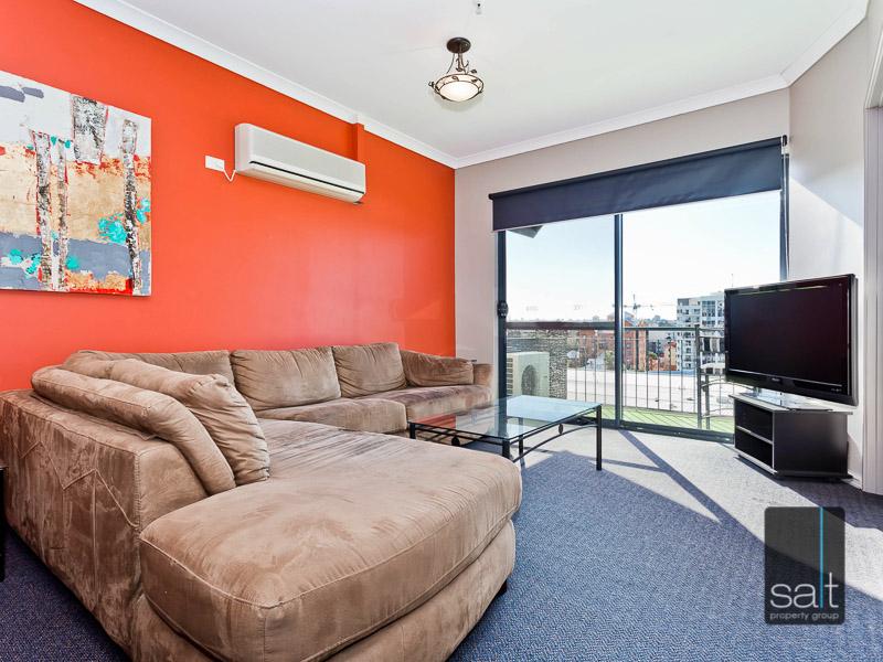 https://propertyphotos.vaultre.com.au/835/759570__reaimport-1568684039-347346-29019.jpg