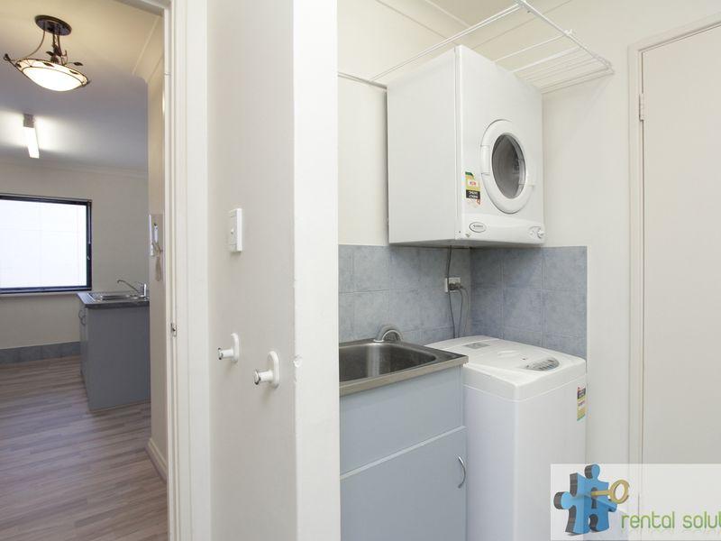 https://propertyphotos.vaultre.com.au/835/759690__reaimport-1568684091-347355-29027.jpg