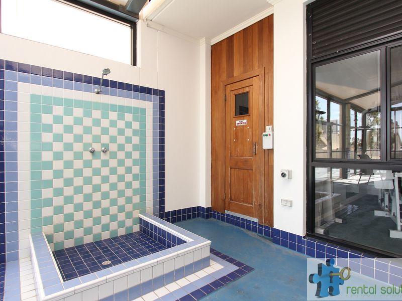 https://propertyphotos.vaultre.com.au/835/759695__reaimport-1568684094-347355-29027.jpg