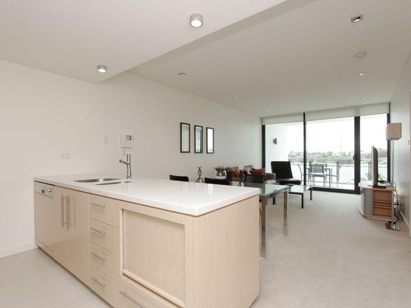 https://propertyphotos.vaultre.com.au/835/759700__reaimport-1568684096-347356-29028.jpg