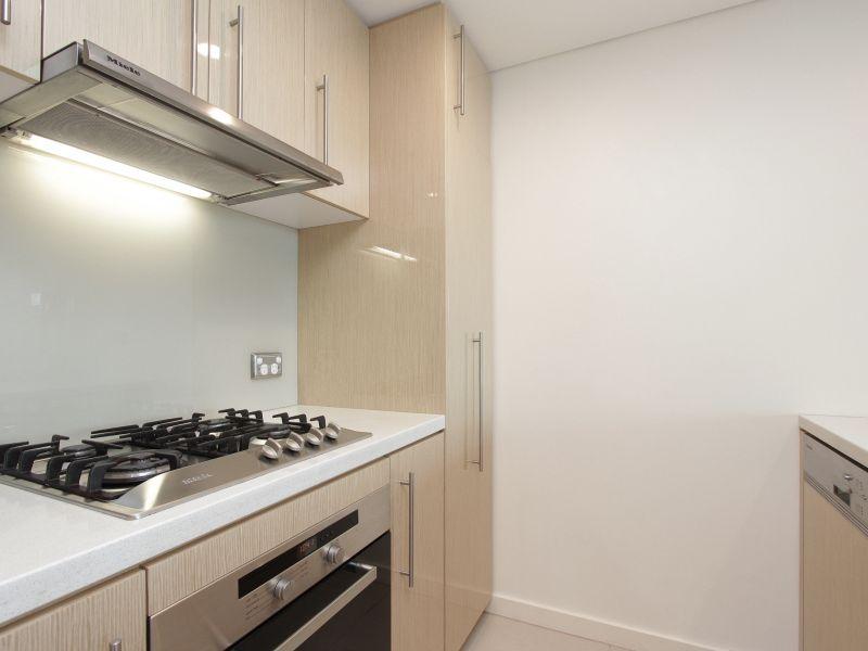https://propertyphotos.vaultre.com.au/835/759701__reaimport-1568684096-347356-29028.jpg