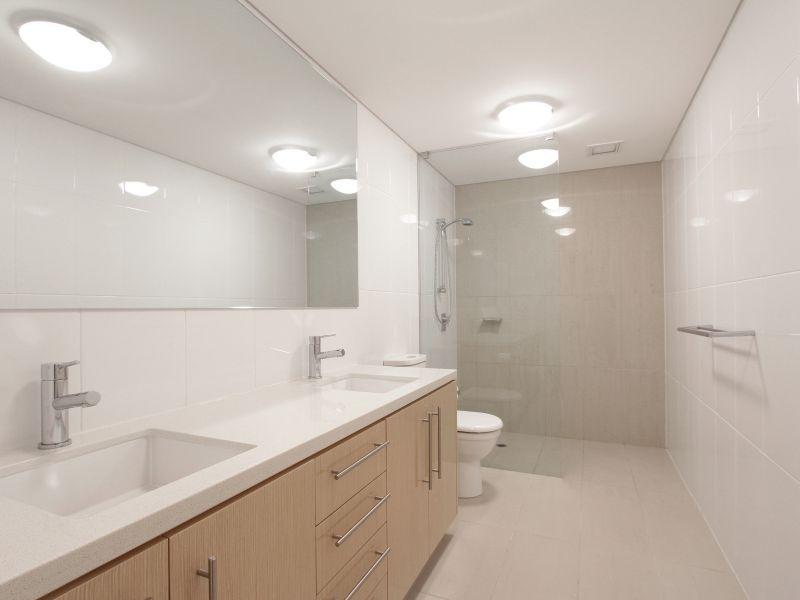 https://propertyphotos.vaultre.com.au/835/759715__reaimport-1568684101-347356-29028.jpg