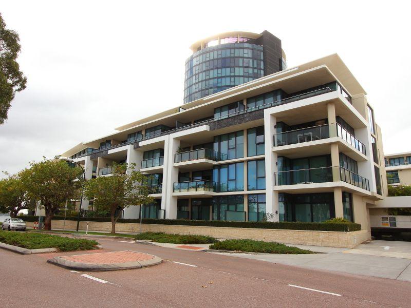 https://propertyphotos.vaultre.com.au/835/759725__reaimport-1568684104-347356-29028.jpg