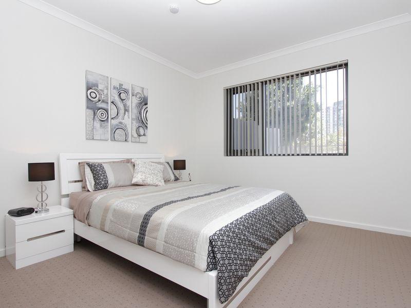 https://propertyphotos.vaultre.com.au/835/759887__reaimport-1568684162-347364-29036.jpg