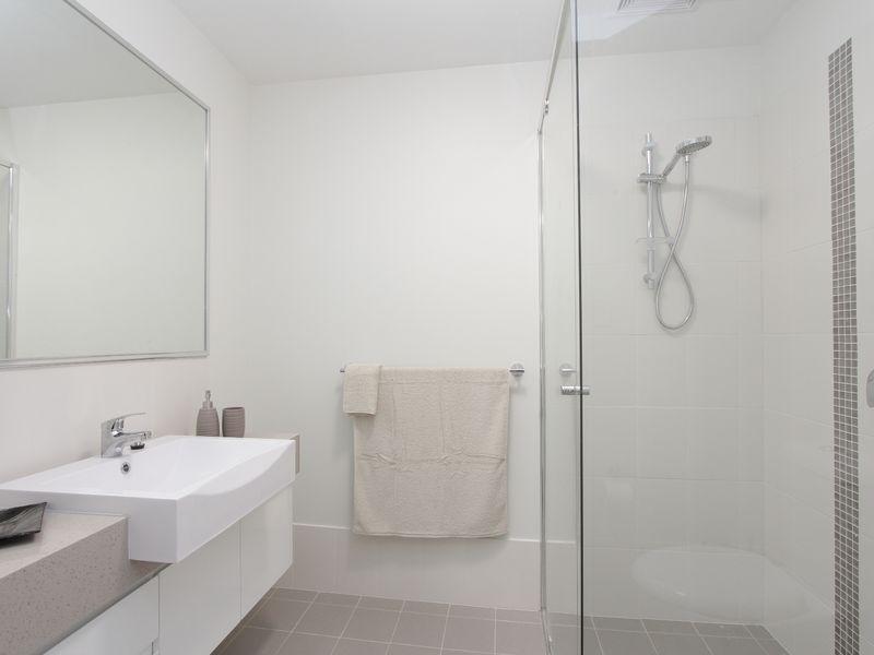 https://propertyphotos.vaultre.com.au/835/759889__reaimport-1568684163-347364-29036.jpg