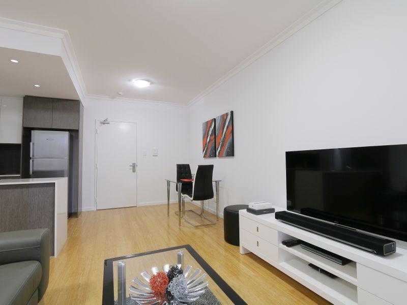 https://propertyphotos.vaultre.com.au/835/759931__reaimport-1568684176-347367-29038.jpg