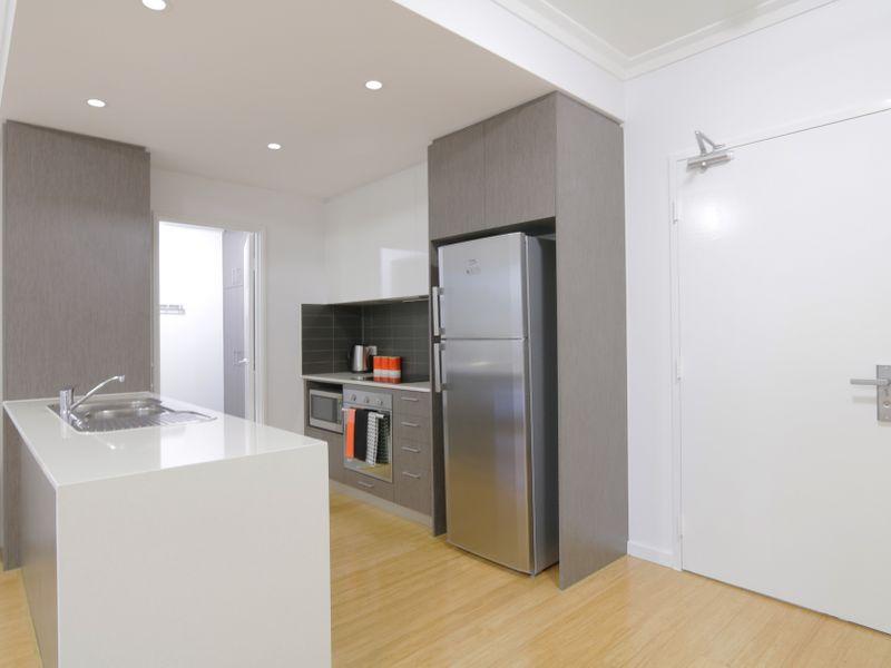 https://propertyphotos.vaultre.com.au/835/759934__reaimport-1568684178-347367-29038.jpg