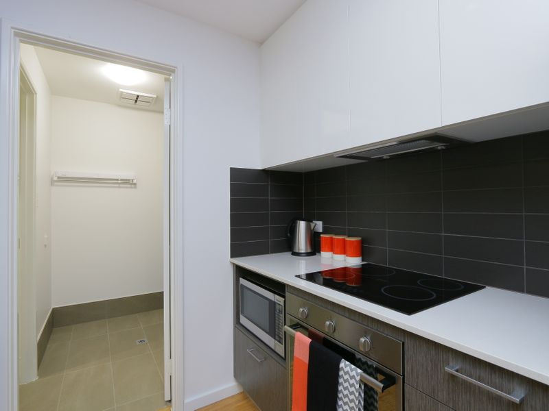 https://propertyphotos.vaultre.com.au/835/759936__reaimport-1568684179-347367-29038.jpg