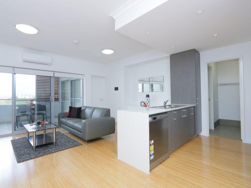 https://propertyphotos.vaultre.com.au/835/759939__reaimport-1568684180-347367-29038.jpg