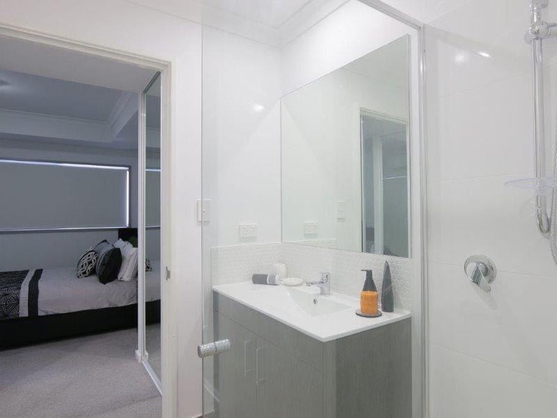 https://propertyphotos.vaultre.com.au/835/759954__reaimport-1568684185-347367-29038.jpg